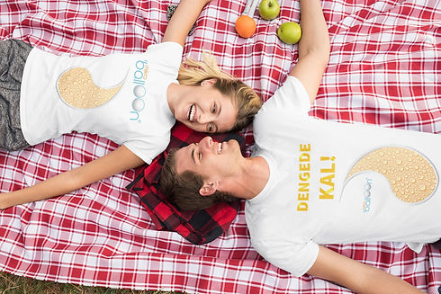 t-shirt-mockup-of-a-couple-on-a-picnic-3