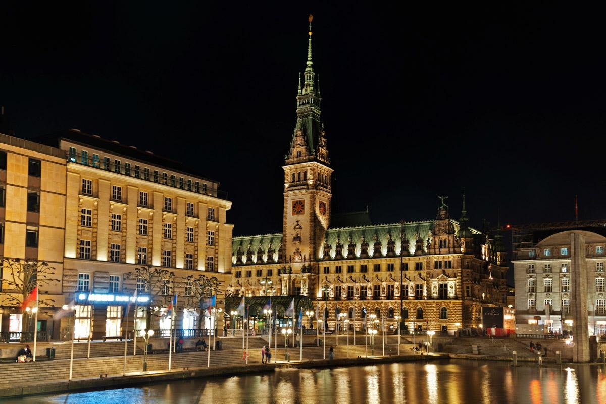 20181103- Hamburg Nightwalk- (C) Peter H