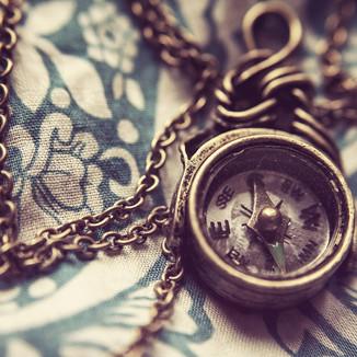 compass-801763_1920.jpg