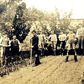 War evacuees, Walled Garden at Mells