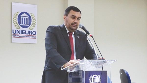 RENATO ZERBINI RIBEIRO LEÃO, O BRASILEIRO PRESIDENTE DO COMITÊ DE DIREITOS ECONÔMICOS DA ONU