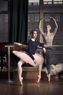nikola-marova-phillipine-de-sevine-pavel-hejny-ballet-fashion