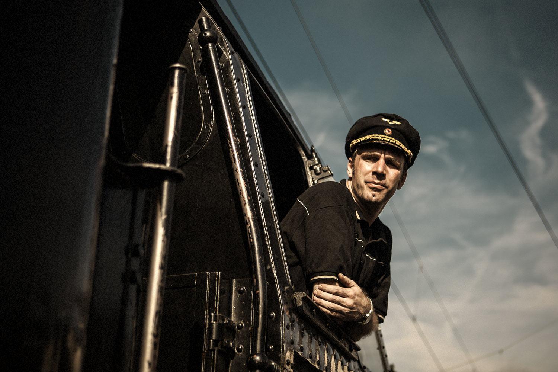 lifestyle-winton-train-pavel-hejny-locomotive