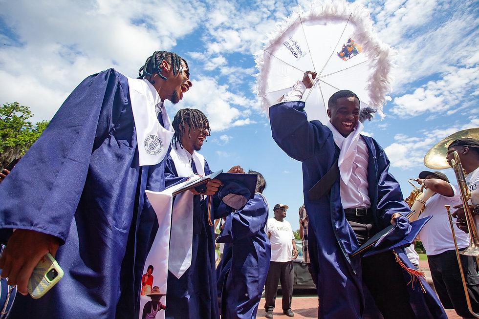 2ndStory-MorrisJeff-Graduation-8.jpg