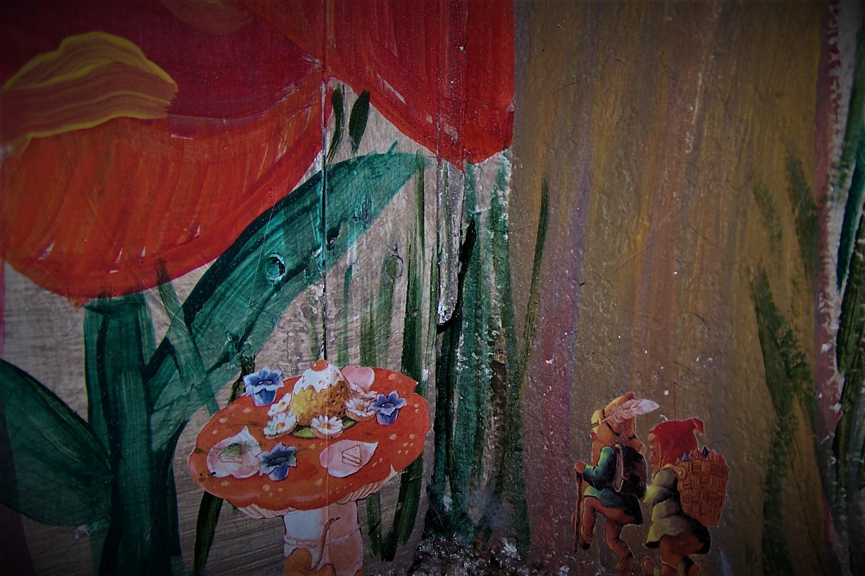 Tea Under a Mushroom