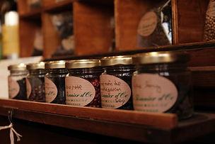 Plantes, poivres et épices Le Tisanier d'Oc Herboristerie à Bordeaux