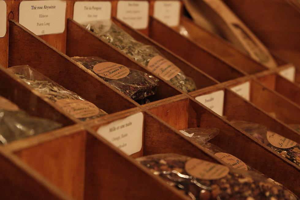 Le tisanier d'oc herboristerie Bordeaux tisanes huiles essentielles
