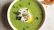 Rychlá polévka z brokolice a květáku