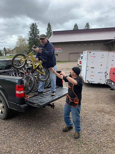 steve-unloading-truck.jpg