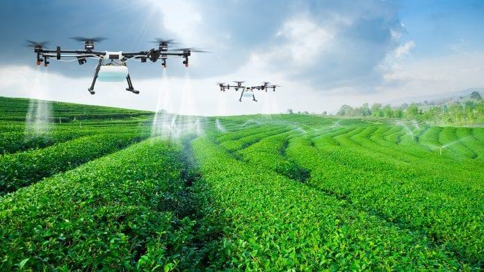 agricultural-robots-696x392