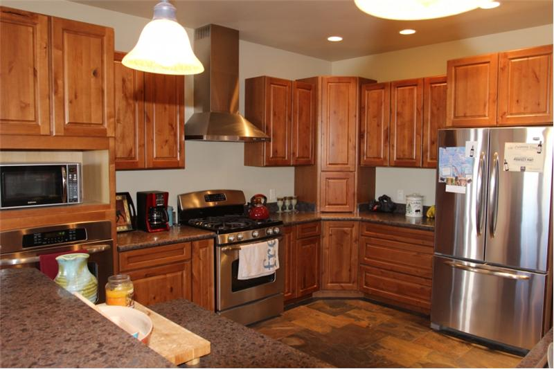 133 N Saturday, Miles City, MT. Kitchen