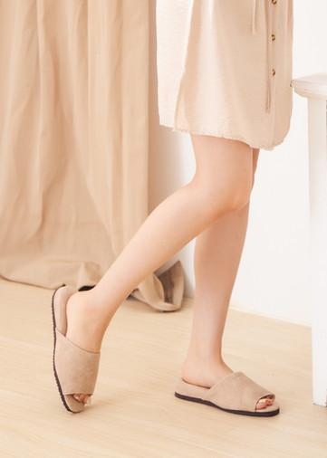日式風尚室內皮拖鞋