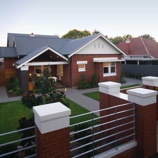Toorak Gardens Residence (2010 AIA Residential Architecture Award winner)