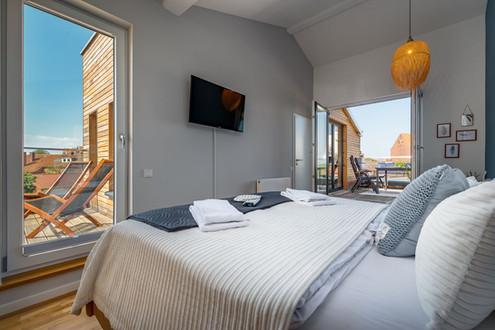 Großes Schlafzimmer & Balkon Nr.2