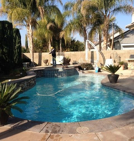 Bakersfield pool service, Bakersfield pool supplies, pool cleaners, pool maintenance service, weekly pool service, pool repairs