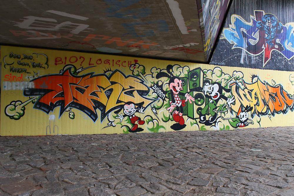 Graffiti an einer Außenwand