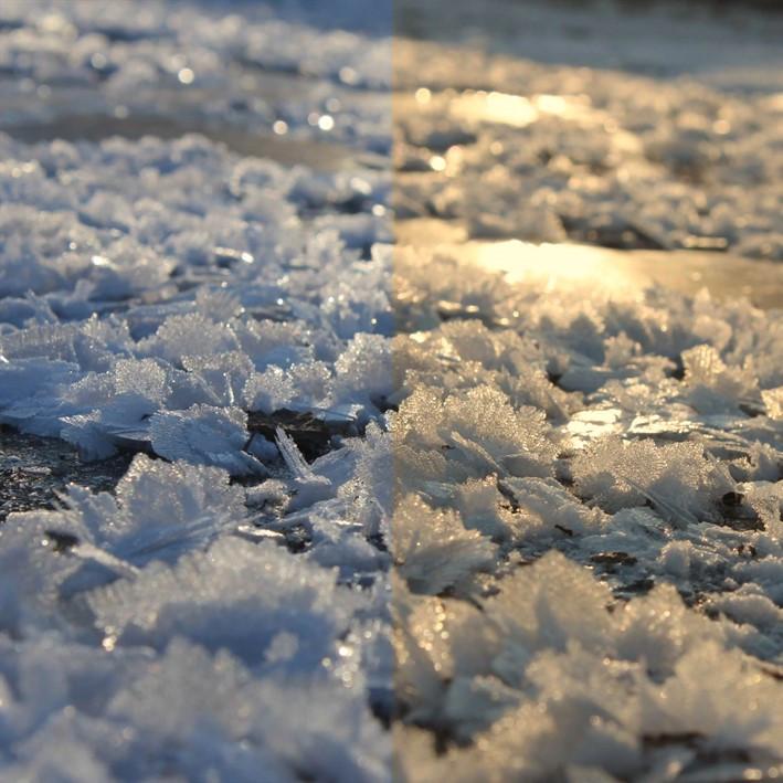 Eiskristalle auf einem Autodach