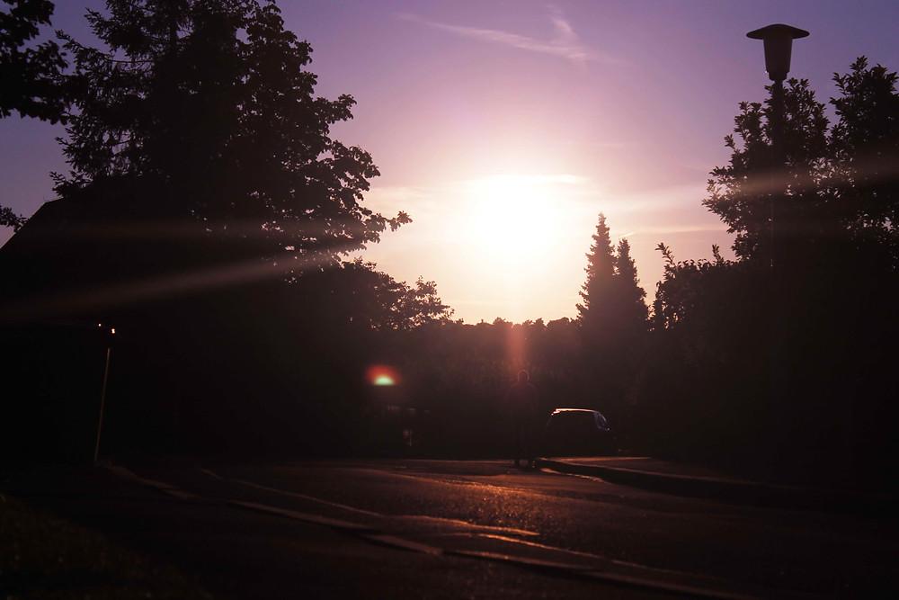 Der Blick Richtung Sonne in die Weite