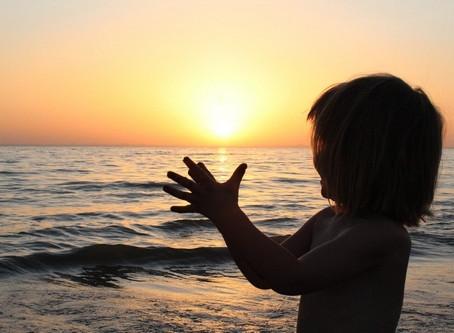La salutation au soleil pour enfants dès 18 mois en 5 min