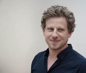 Adrian Zwahlen, Dipl. Architekt MA + Mitglied der Geschäftsleitung