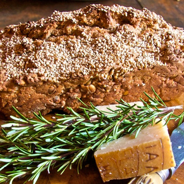 swedish organic spelt bread with seeds f