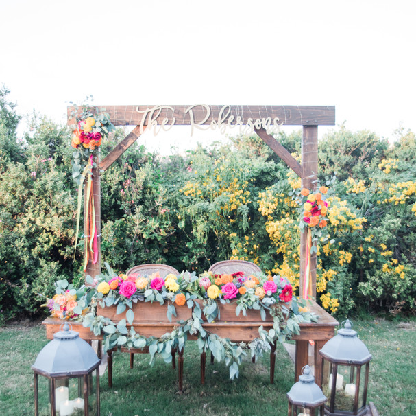 Collaboration with Flora Linda Design Photos: Maura Jane Photography Venue: Bheau View Ranch Katie+Bart Wedding