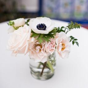 Collaboration with Bouquets by Bonnie Photos: Walking Eagle Photography Venue: Darlington House