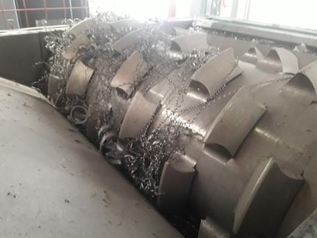 Tratamento para Cavacos de Metal: Sistemas de Trituração Centralizados e Descentralizados.