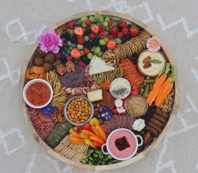 Picnic Whistler Circle Charcuterie Board