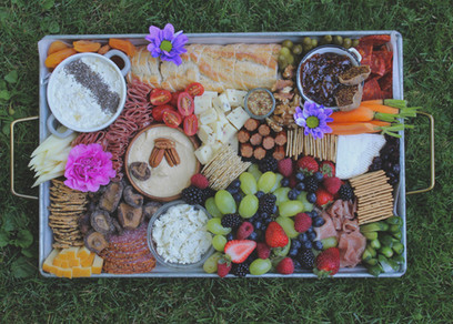 Picnic Whistler Metal Rectangle Charcuterie Board