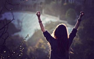 Volte a viver, tome a alegria para seus dias, mantenha a fé, não abandone a esperança 1
