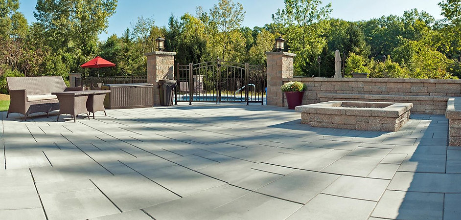 Paver patio & block walls in Western Mass.