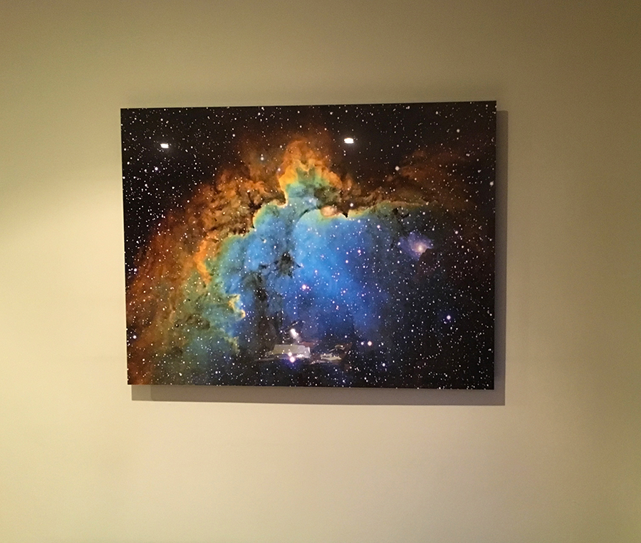 Wizard 32inches Frameless Acrylic.png