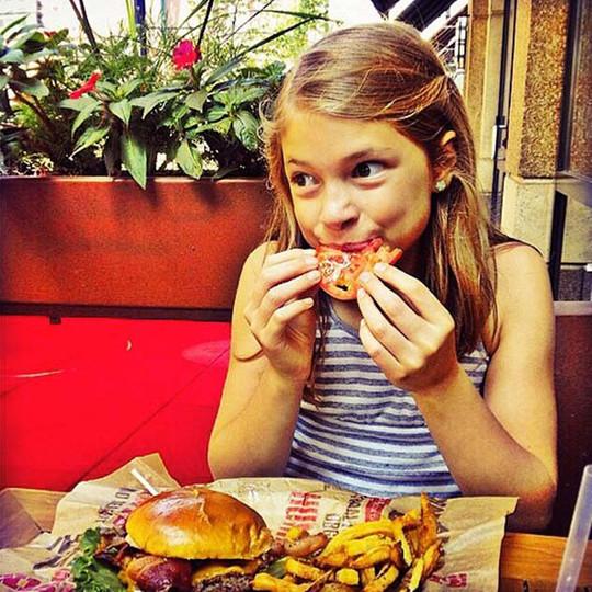 epic-burger-social-media-(1).jpg