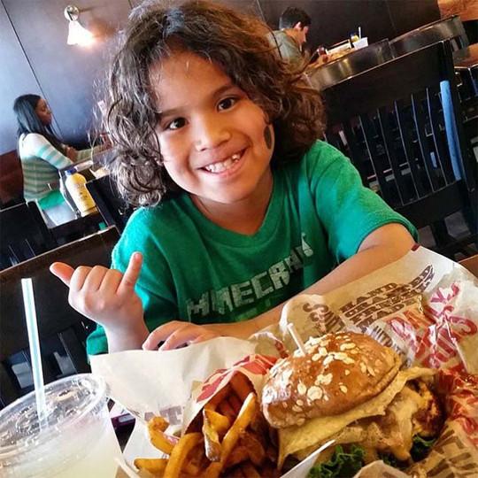 epic-burger-social-media-(29).jpg