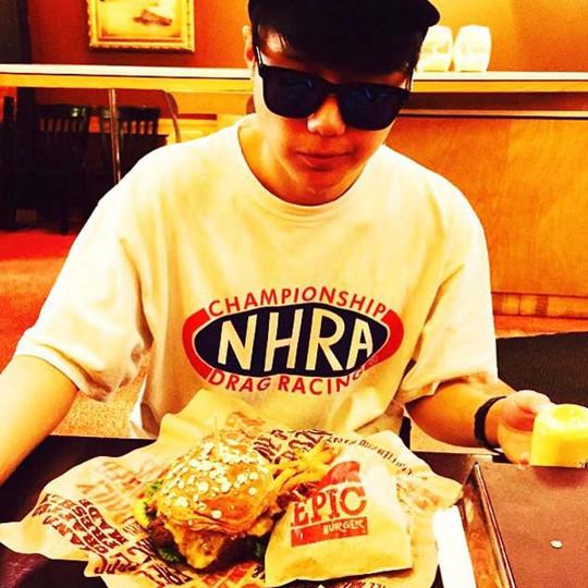 epic-burger-social-media-(13).jpg