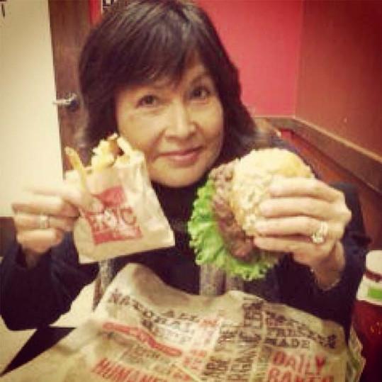 epic-burger-social-media-(32).jpg