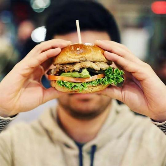 epic-burger-social-media-(33).jpg