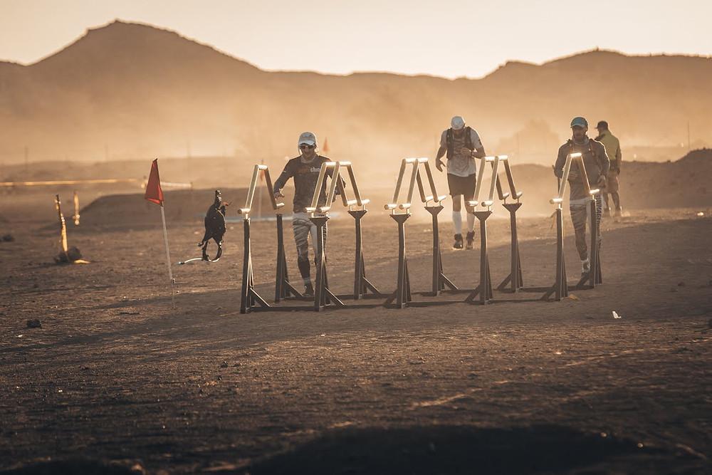 Przykładowa przeszkoda jaką można spotkać na Runmageddon Sahara