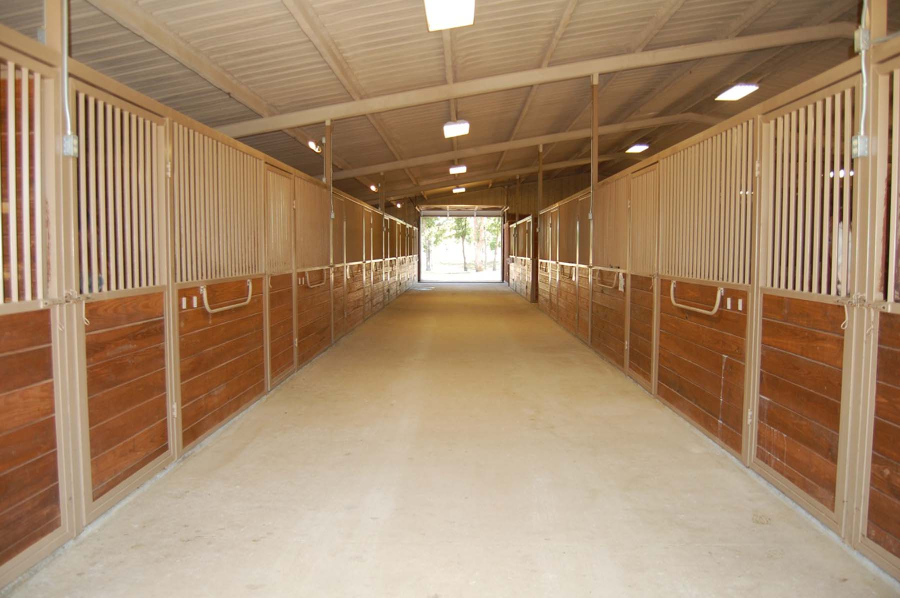 Larson Show Barn with 54 Stalls