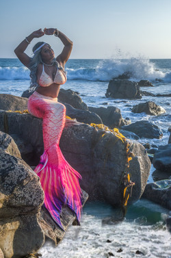 Mermaid tail (orange)