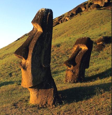 sunset_moai_edited