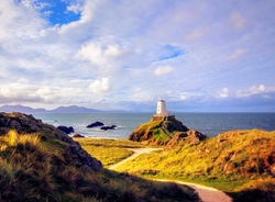 lighthouse_anglesey_edited