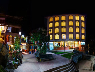 Aguas_caliente_hotel