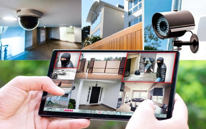 security cameras can be monitored remotely