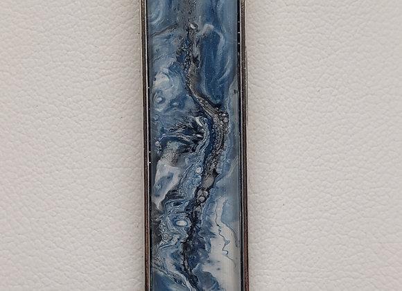Vertical Pendant Necklace