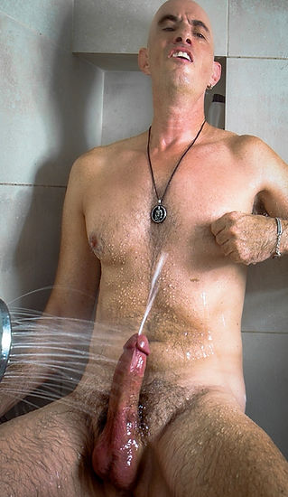Video: Massive cum shots, hands-free, in the shower.