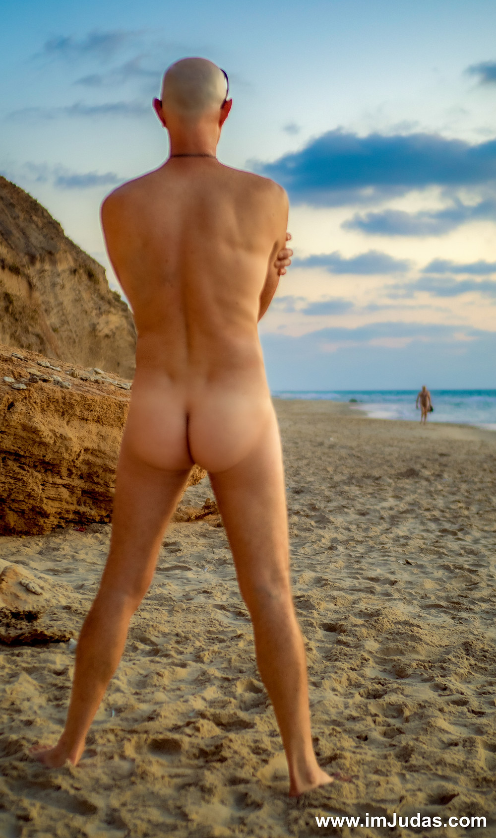 ass naked man male beach muscles