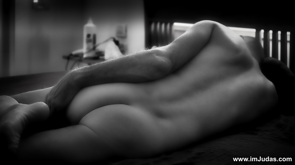 naked ass monochrome bedroom model art
