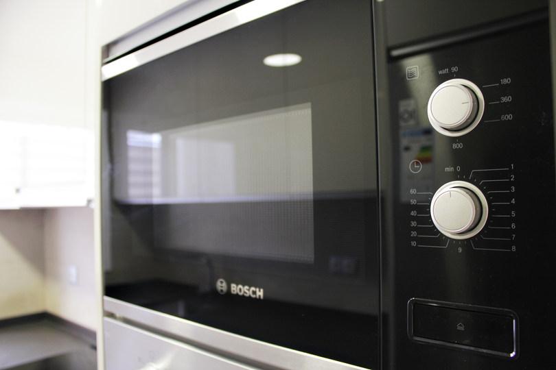 kitchen_new3.JPG